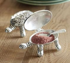 turtle salt cellars...with pink Himalayan salt, please