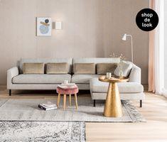 wk1839_Inspiratie_lichte_woonkamers_messing_accenten Ikea, Ceramic Birds, Home Hacks, Dining Bench, Sweet Home, Couch, Flooring, Interior Design, Living Room