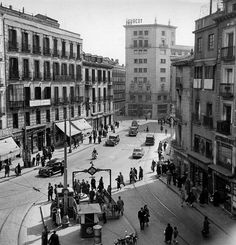 Plaza de Santo Domingo.1957.(Teodoro Naranjo Domínguez)