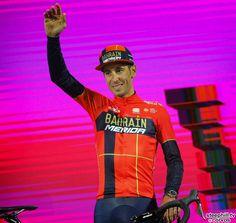 2019 giro-d-italia photos Vincenzo Nibali, Pro Cycling, Merida, Victorious, Captain Hat, Sport, Vintage, Ideas, Biking