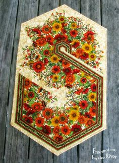 Autumn Flowers Table Runner at Freemotion by the River, Triangle Flower Table Runner, Wednesday, April 23, 2014