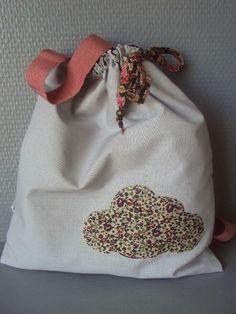 Little cloud bag