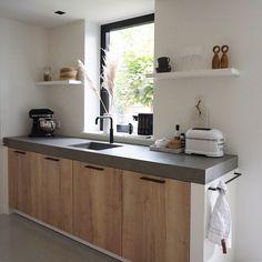 These are the two largest kitchen trends of 2020 - Dit zijn de twee grootste keukentrends van 2020 These are the two biggest kitchen trends of 2020 - Colorful Kitchen Decor, Home Decor Kitchen, Kitchen Interior, Home Kitchens, Kitchen Ideas, Big Kitchen, Kitchen On A Budget, Rustic Kitchen, Best Kitchen Designs