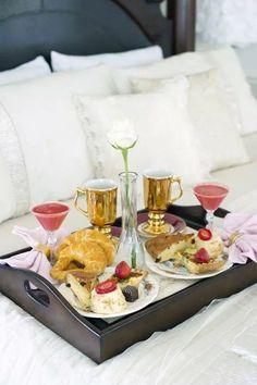 Romantic breakfast for 2