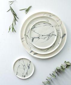 Eliana Marbled Dinnerware