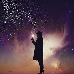今日ねひぃおばあちゃまに会ったよ娘の言葉に驚いた私の祖母は6年前に他界しているどこでと聞くと娘はこう言った お空に一番星があったもんだからひぃおばあちゃまだなって思った隣にJIROもいたよ 空の星は娘にとって亡くなったひぃおばあちゃまやおじいちゃまや実家の元愛犬なのだ そうだねずっと見てくれてるね . .ちなみに犬のJIROの名付け親は私で当時GLAYのJIROが好きすぎて命名したという黒歴史である() by wacamera