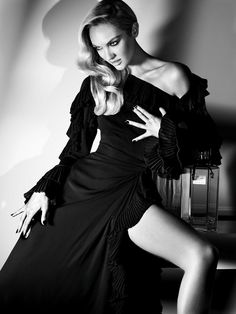 """""""Angel In The Outfield"""" : Candice Swanepoel : Numéro Tokyo #59 September 2012  : Alexi Lubomirski"""