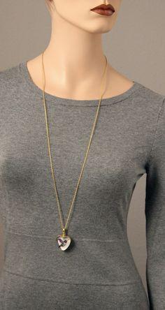 Medaillons - Herzförmiges Glas-Medaillon, vergoldet - ein Designerstück von schmucker_schmuck bei DaWanda