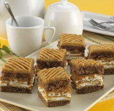 Hungarian Recipes, Cake Bars, Tiramisu, Dessert Recipes, Rolls, Food And Drink, Sweets, Homemade, Snacks