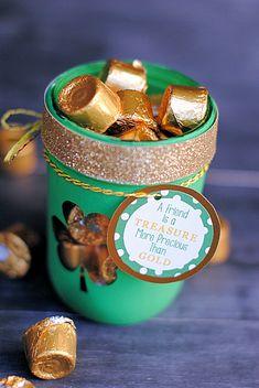 St. Patrick's Day Treat Jar | via @DecoArt Inc.