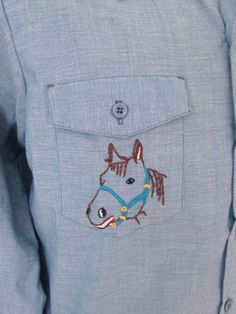 Vtg-70s-Chambray-Western-Work-Chore-Shirt-Embroidered-Horse-Sailboat-Woman-M