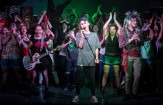 Windermere School Will Rock You http://www.cumbriacrack.com/wp-content/uploads/2016/12/School-Production-Windermere-School-23-of-34.jpg Windermere School finished the Autumn term with an escape from reality, as over fifty students took to the stage to perform the school's version of the smash hit musical    http://www.cumbriacrack.com/2016/12/23/windermere-school-will-rock/