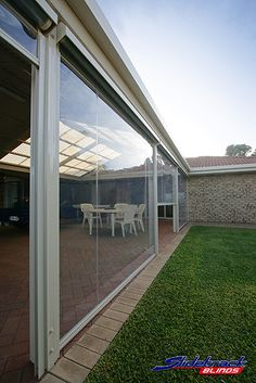 Clear PVC blinds, also known as cafe blinds, come in a wide variety of styles and mechanisms. Outdoor Awnings, Outdoor Pergola, Outdoor Areas, Outdoor Rooms, Outdoor Living, Outdoor Decor, Pergola Ideas, Patio Ideas, Alfresco Ideas