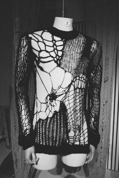 cobweb knit jumperfall–winter 1998–1999, raf simons unravel