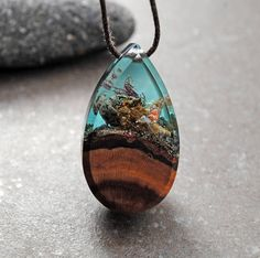 Statement Necklace Resin Wood Necklace Drop Pendant