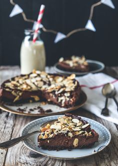 Raw Chocolate Cake-3