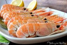 Shrimp Recipes, Fish Recipes, Cake Recipes, Panamanian Food, Everyday Food, Seafood Dishes, Serving Platters, Good Food, Food And Drink