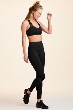 Featuring a comfy no-seam construction, signature Alala waistband and mesh detailing, our new seamless tights are perfect for any activity. Moda Fitness, Workout Wear, Tights, Essentials, Sporty, Comfy, Slim, Clothes For Women, Casual