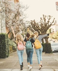 Best friends and a family are the best you can get ♥ - Bff Pictures Photos Bff, Bff Pictures, Best Friend Pictures, Friend Photos, Cute Photos, Family Photos, Best Friend Photography, Photography Lessons, Pink Photography