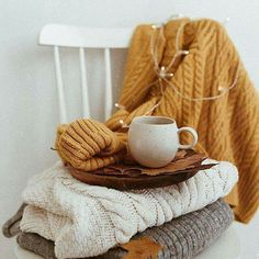 cozy is the new cool Autumn Aesthetic, Cozy Aesthetic, Autumn Cozy, Autumn Inspiration, Fall Halloween, Aesthetic Pictures, Autumn Leaves, Seasons, Knitting