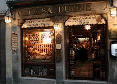 El Duque en Segovia  Fachada de Casa Duque, uno de los restaurantes más emblemáticos de Segovia