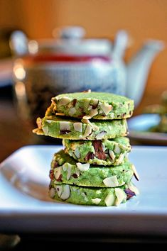 Matcha Green Tea Almond Shortbread Cookies are amazingly subtly in flavor, with a gentle crunchy exterior of toasted slivered almonds. A buttery, soft cookie with a sweet green tea essence that is so easy to make. Cookie Recipes, Dessert Recipes, Matcha Dessert, Almond Shortbread Cookies, Shortbread Biscuits, Green Tea Recipes, Matcha Green Tea, Green Teas, Yummy Food