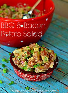 BBQ & Bacon Potato Salad - SO YUMMY! It will become an instant family favorite! #SummerFood