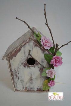 """"""" Haz como los pájaros   comienza el día cantando   y recuerda que   el bosque sería muy triste   si sólo cantaran los pájaros que mejor l..."""