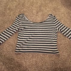 Black and white stripe crop top size large Black and white stripe crop top, 3 quarter sleeves, size large. 6 Charlotte Russe Tops Crop Tops