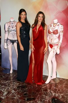 Adriana Lima & Alessandra Ambrosio – VS Dream Angels Fantasy Bra debut Las Vegas