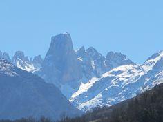Naranjo de Bulnes. Picos de Europa.