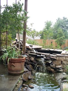 the sound of water is so soothing, make a water feature in your yard and enjoy the peace and calmness of nature