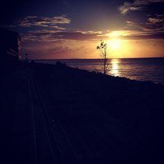 Sunset - Photo by ggatlingii