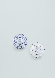 Ceramic floral earrings   MANGO