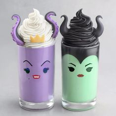 50 Of Juice and Milkshake Pictures in 50 Glasses All Look Amazingly Beautiful – Delicious Food Kids - Cupcakes Disney Desserts, Disney Food, Fun Desserts, Baking Desserts, Baking Recipes, Fun Drinks, Yummy Drinks, Yummy Food, Comida Disney
