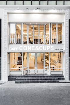 Artwork For Home Decoration Cafe Interior, Shop Interior Design, Store Design, Facade Design, Exterior Design, House Design, Cafe Concept, Luxury Store, Beauty Salon Decor