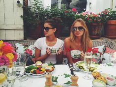 Imagen de taylor hill, model, and romee strijd Taylor Marie Hill, Izabel Goulart, Toni Garrn, Go Best Friend, Best Friend Goals, Natasha Poly, Anja Rubik, Vogue Paris, Santa Barbara