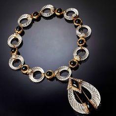 Чёрно-белое... Ожерелье и серьги от BOUCHERON