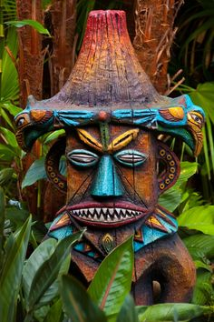peaceful eyes — magic-bazaar: Walt Disney's Enchanted Tiki Room,. Tiki Hut, Décor Tiki, Totem Tiki, Walt Disney, Disney Parks, Disney Magic, Bars Tiki, Tiki Maske, Disney Poster
