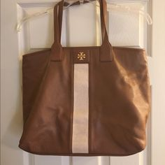 Tory Burch Vertical Stripe Purse Rare! Classic! Hard to find! Tory Burch vertical purse. Well loved! Make up & pen marks inside purse (pic 4) Gorgeous tan leather with cream vertical stripe, gold hardware. Tory Burch Bags Shoulder Bags