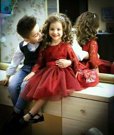 Love you zindgi 🙌🙌❤ . Cute Baby Couple, Cute Kids Pics, Cute Baby Girl Pictures, Cute Couples, Baby Love, Cute Girls, Cute Babies, Cute Kids Fashion, Baby Boy Fashion