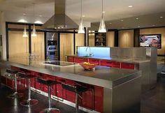 Cocinas Americanas - like the bar set up and lighting
