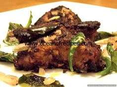 Ocean of Recipes Fried Fish Recipes, Chicken Recipes, Yellow Cucumber, Red Curry Chicken, Fish Fry, Desi Food, Facial Oil, Curries, Kerala