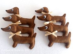 Party Favor - Dachshund - Set of 6. OH MY!! I MUST learn how to make these for the party!!