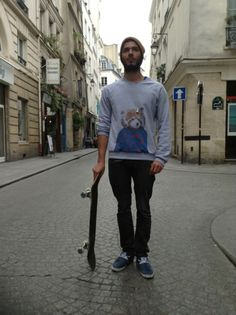 Moodlook.com fashion street style looks #fashion #mode #picoftheday #fashionistas #fashionblogger #trendy #look #moodlook #street style #style #clothes #ootd #robbie burns #h #american apparel