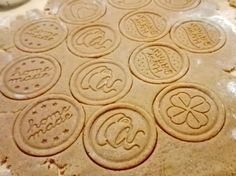 Hrníčkové karamelové sušenky (spekulky) Lotus Mug Recipes, Sweet Recipes, Baking Recipes, Cake Recipes, Dessert Recipes, Christmas Candy, Christmas Baking, Christmas Cookies, Toffee Bars