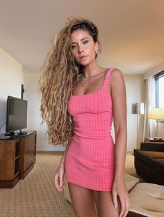 Camila Gallardo, Long Curls, Super Long Hair, Dress Outfits, Dresses, Tween, Bodycon Dress, Long Hair Styles, Celebrities