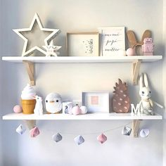 Kids room by Interior Designer Helena Trigo - Well Tutorial and Ideas Baby Bedroom, Baby Room Decor, Nursery Room, Girls Bedroom, Nursery Decor, Ideas Habitaciones, Shelfie, Little Girl Rooms, Diy For Girls