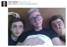 Troye Sivan, Tyler Oakley and Connor Franta / ConnorFranta