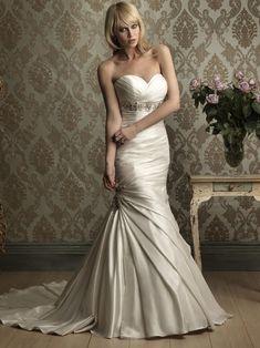 Sweetheart beaded fitted mermaid/wedding dress